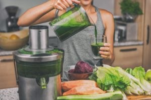 juicing vs blending | Nucific