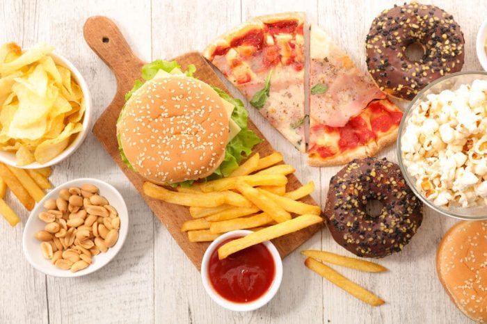 What Makes Junk Food So Addictive? (Plus Types Of Foods That Can Be Very Addictive)