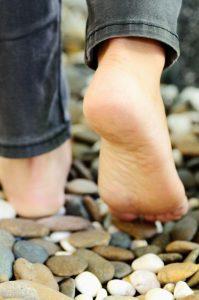 walking barefoot mindfulness