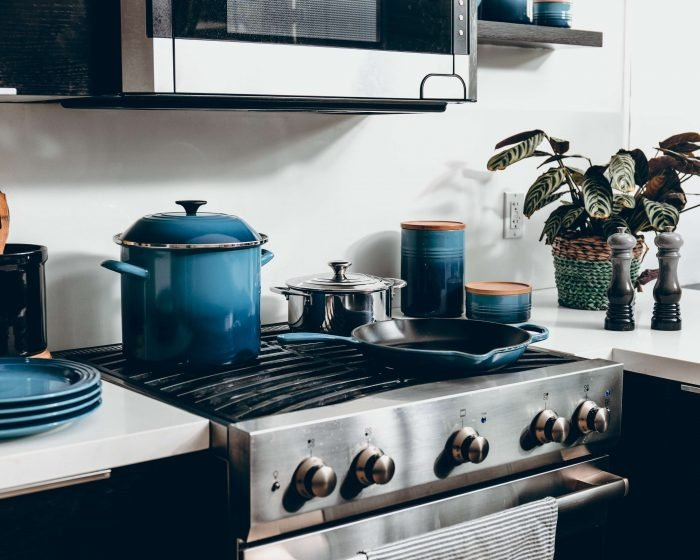 Your Ultimate Guide To Healthy Cookware: Find The Right Pots And Pans For Your Kitchen
