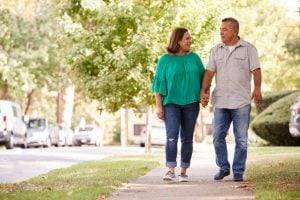 couple walking | Nucific