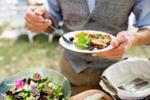 eating salad | Nucific