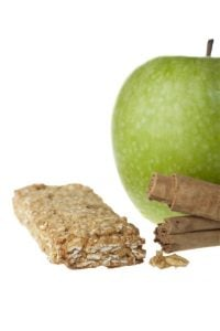 cinnamon apple granola bar | Nucific